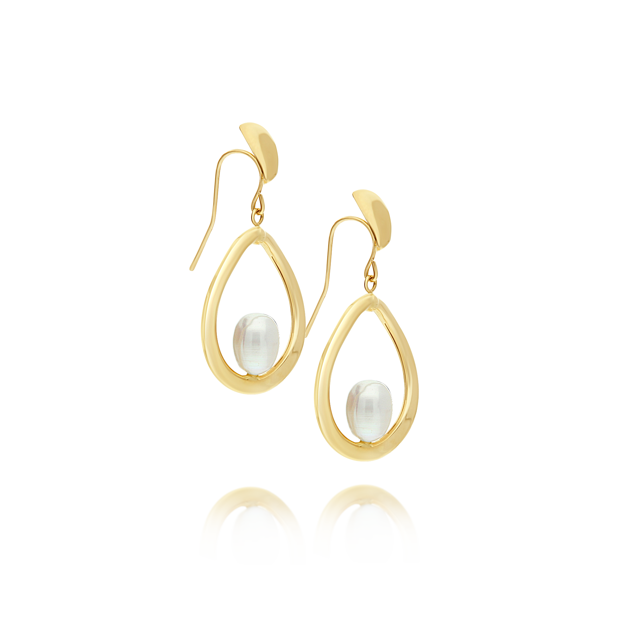 Yellow Gold Drop Earrings with Pearl