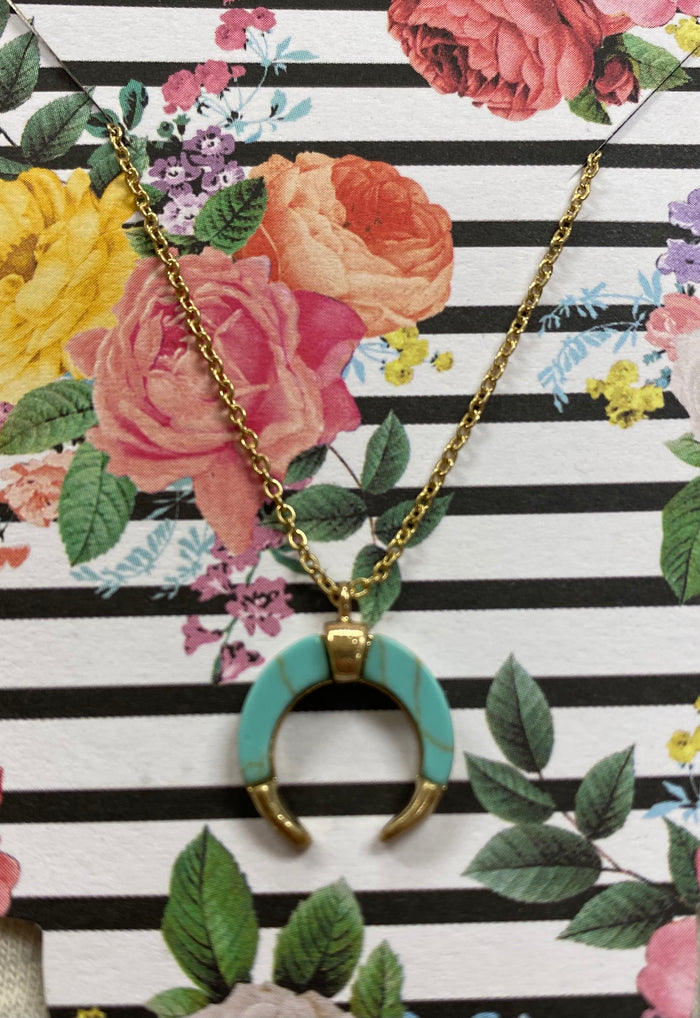 Dainty Turquoise pendant necklace