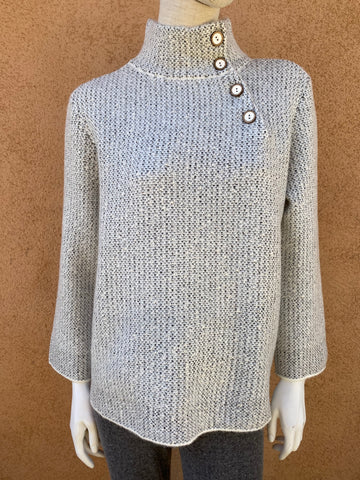 Tweedy swing button pullover