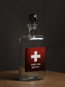 Carafe « first aide bottle »