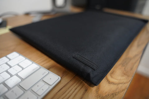 Silent pocket protective faraday sleeves for internet connected devices