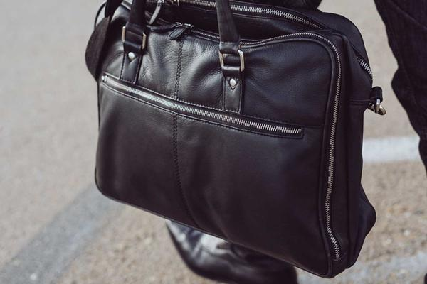 Faraday Briefcase by Silent Pocket