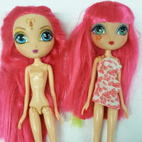 Two La Dee Da Dolls (D01-16)