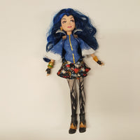 Disney Descendants Signature EVIE Doll Isle of the Lost  (D01-18)