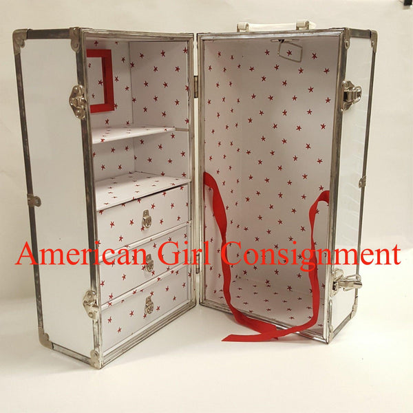 American Girl Doll MOLLY White Steamer TRUNK  ****LOCAL PICK UP ONLY (READ)****