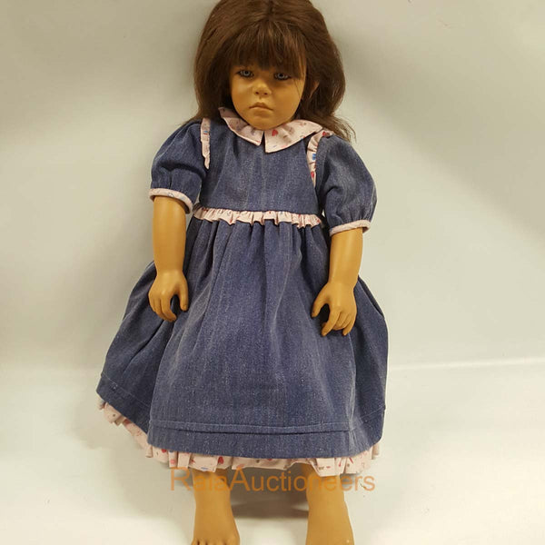 ANNETTE HIMSTEDT Friederike Doll