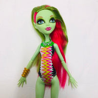 Monster High Doll VENUS MCFLYTRAP  (D03-25)