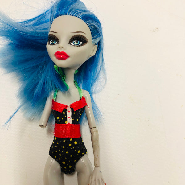 Monster High Doll Ghoulia (D03-18)