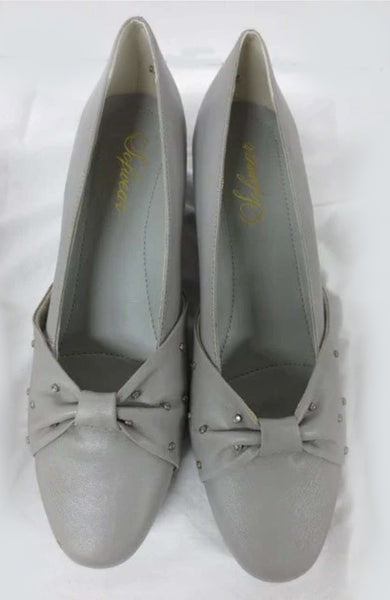 Silver Matte Sofwear Bow-tie Diamond Decal Pumps size 10N