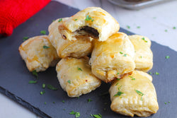 Mini beef Wellingtons in pastry, stuffed w mushrooms & filet tips (1 doz)