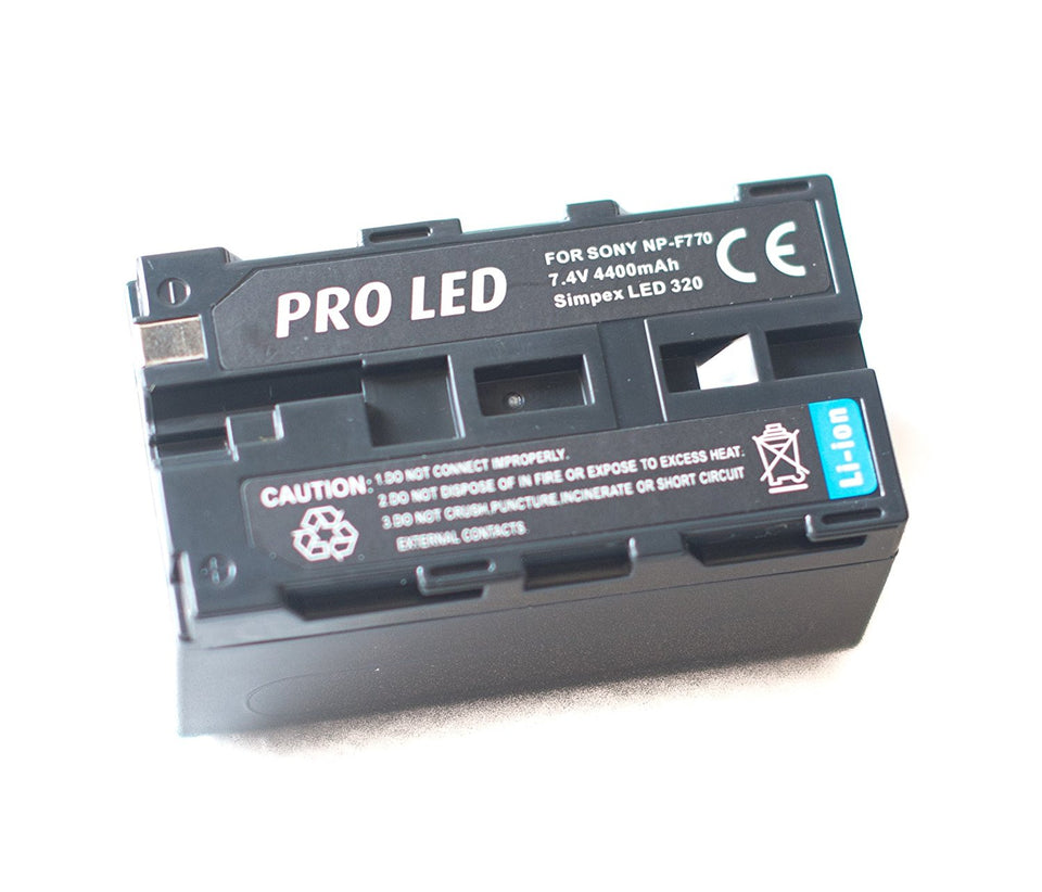 Simpex Professional 600 LED Video Light Extra bright Dual Colour LED With Battery & charger by Simpex