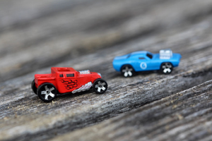 WORLDS SMALLEST TOYS HOT WHEELS