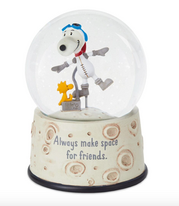 "PEANUTS ""MAKE SPACE FOR FRIENDS"" SNOOPY GLOBE"