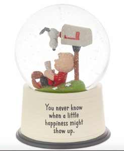 "PEANUTS ""WHEN HAPPINESS SHOWS UP"" SNOW GLOBE"