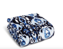 Load image into Gallery viewer, IKAT ISLAND THROW BLANKET
