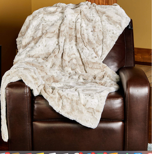 LUXURY FAUX FUR BLANKET