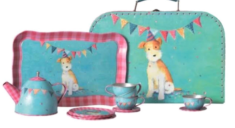 A gorgeous new Tin Tea Set from Egmont. 15 piece set includes 4 teacups & saucers, 4 plates ,teapot and serving tray. Presented in beautiful case. A gorgeous design - Dog theme Designed in Europe by Egmont. Case size 28 cm x 15 cm x 7 cm not suitable to hold liquid, pretend play only  Recommended age 3+