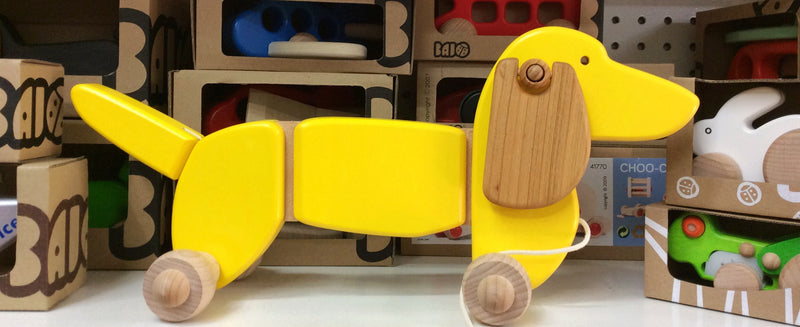 Bajo - Wooden Dachshund Pull Along Yellow