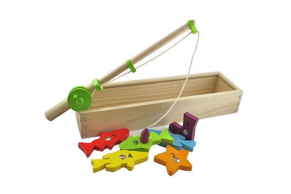 A fun wooden magnetic fishing set from Discoveroo. A great activity for ages 3 +