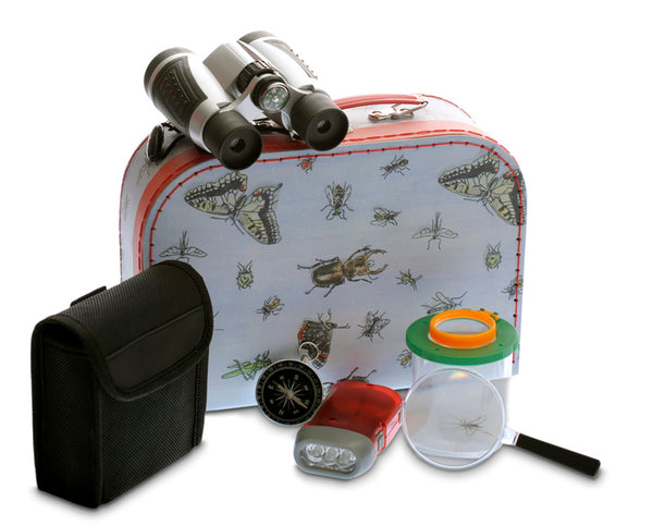 Egmont Explorer case is decorated with bugs and includes everything you need for outside exploring. Suitable for age 4+