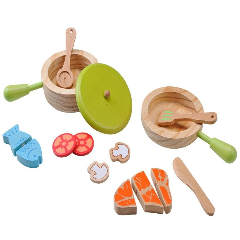 A great wooden Pots & Pans cooking set from EverEarth. Encourages children to play together whilst cooking up a pretend feast. 15 piece set includes - 1 fry pan, 1 x pot with lid height 4 cm , pretend fish , mushroom, tomato & steak, 3 small utensils- 11 cm in length Box size height 20 cm x 10cm x 13 cm Made from wood - 100% wood from well managed forests Recommended age 3+