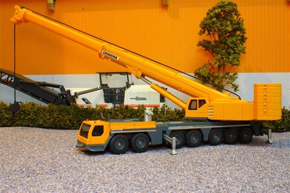 Siku - Mobile Crane Liebherr in yellow