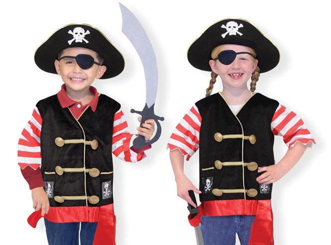 A fantastic quality pirate set perfect for any dress up party or for simply dressing up at home