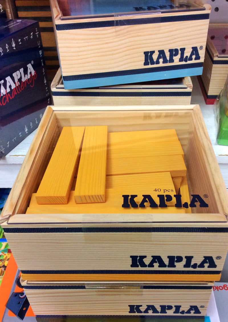kapla-wooden-planks-40-pieces-in-yellow