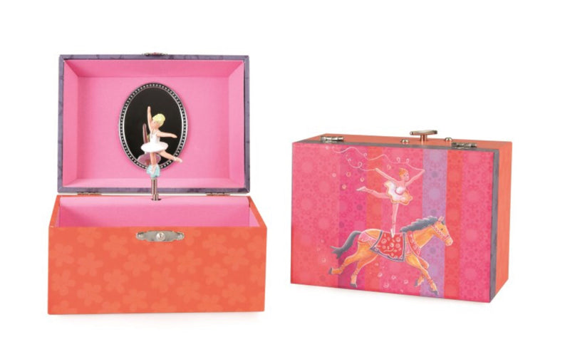 A lovely Musical Jewellery Box - wind up Size 15 x 10 x 9cm A lovely gift for children aged 4+