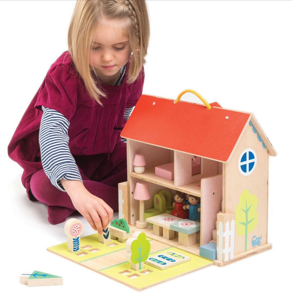 Tender Leaf Wooden Dolls House Set in multi colour print