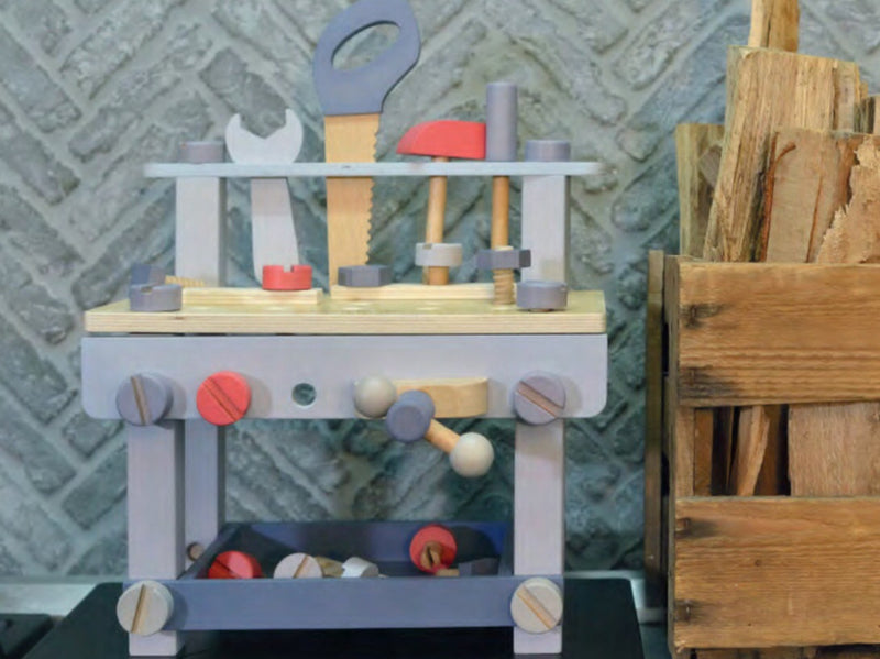 Ever earth toys are created with not only the safety of our children in mind, but also the safety of our planet. A small wooden workbench for the little handyman. Perfect to develop fine motor skills and encourage socialising and sharing as friends can play to. Recommended age 3+
