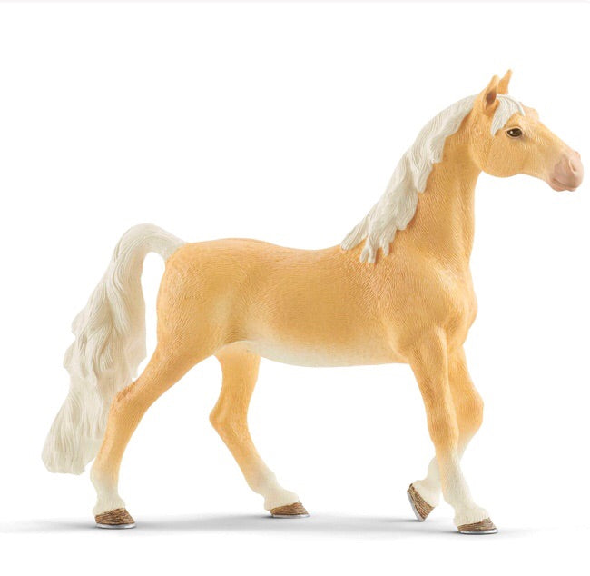 Schleich American Saddlebred Mare is a beautiful horse to collect and for fun play. Recommended age 5-12 years. Magnificent horse with a striking long tail.