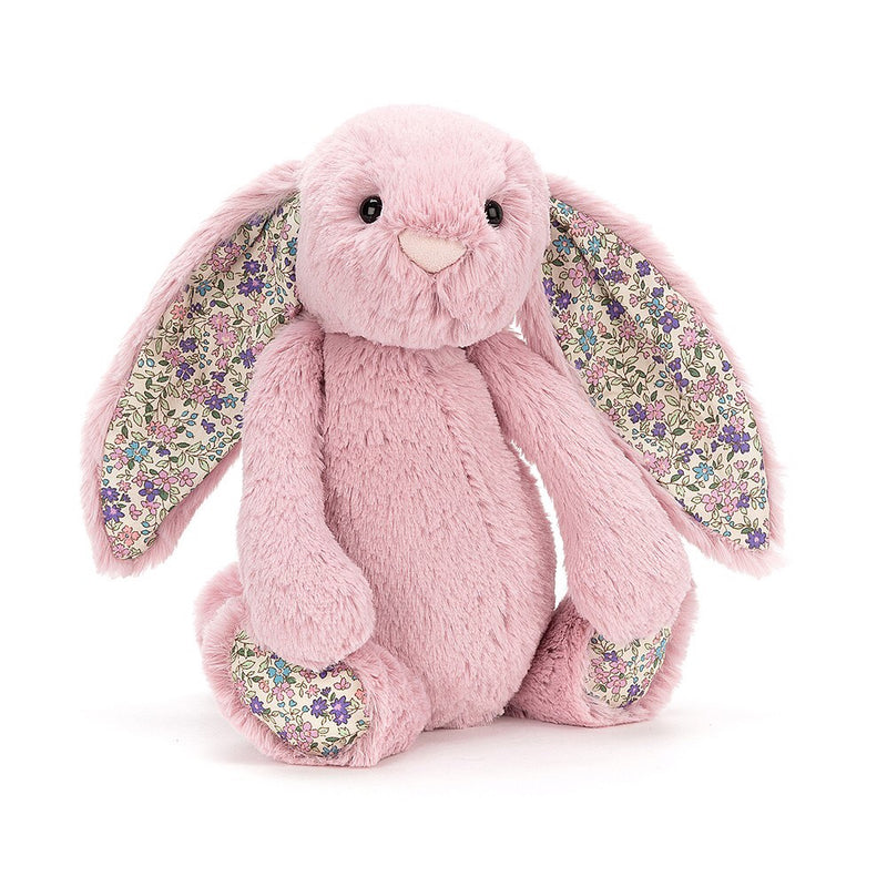 This beautiful pink bunny comes with a cute pink button nose and gorgeously detailed flower ears and feet. This bunny is perfect for any newborn +