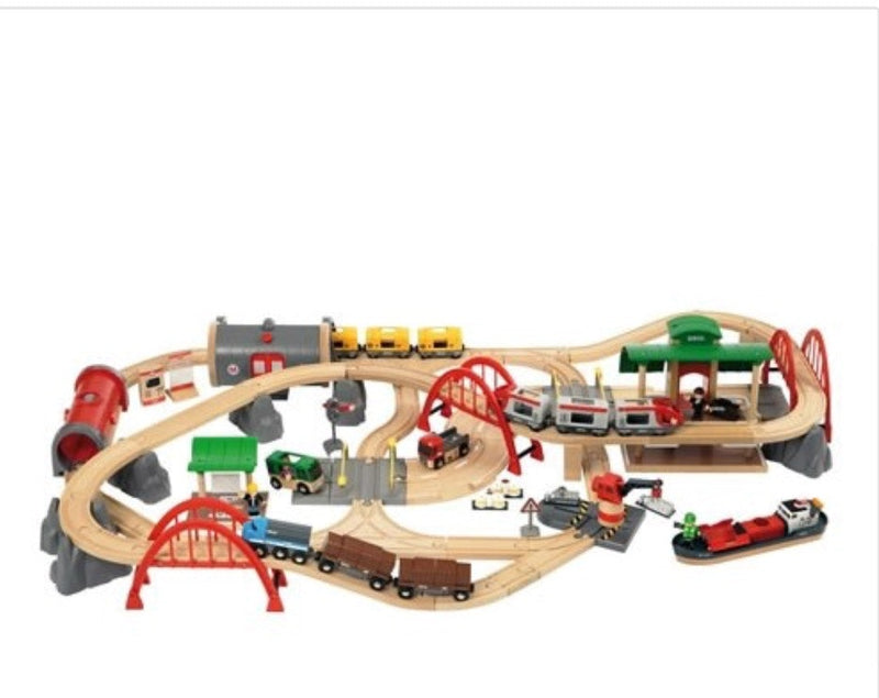brio-delux-train-set-in-multi-colour-print