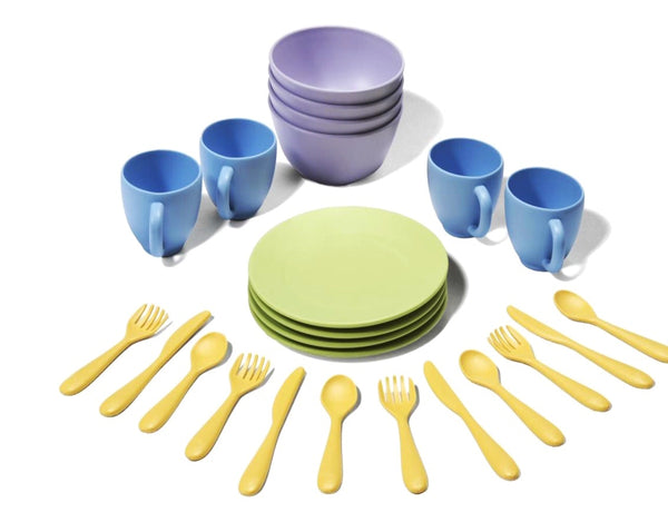 green-toys-cookware-dining-set-in-multi-colour-print