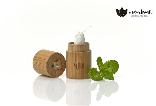 Dental floss with bamboo case 100% Biodegradable - Freshyeco