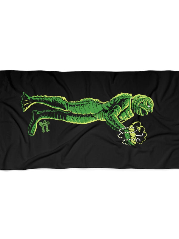 Creature Clam Shell - Beach Towel