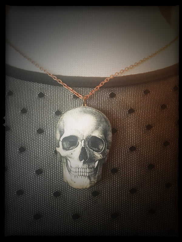 SKULL - Wooden Necklace -Small