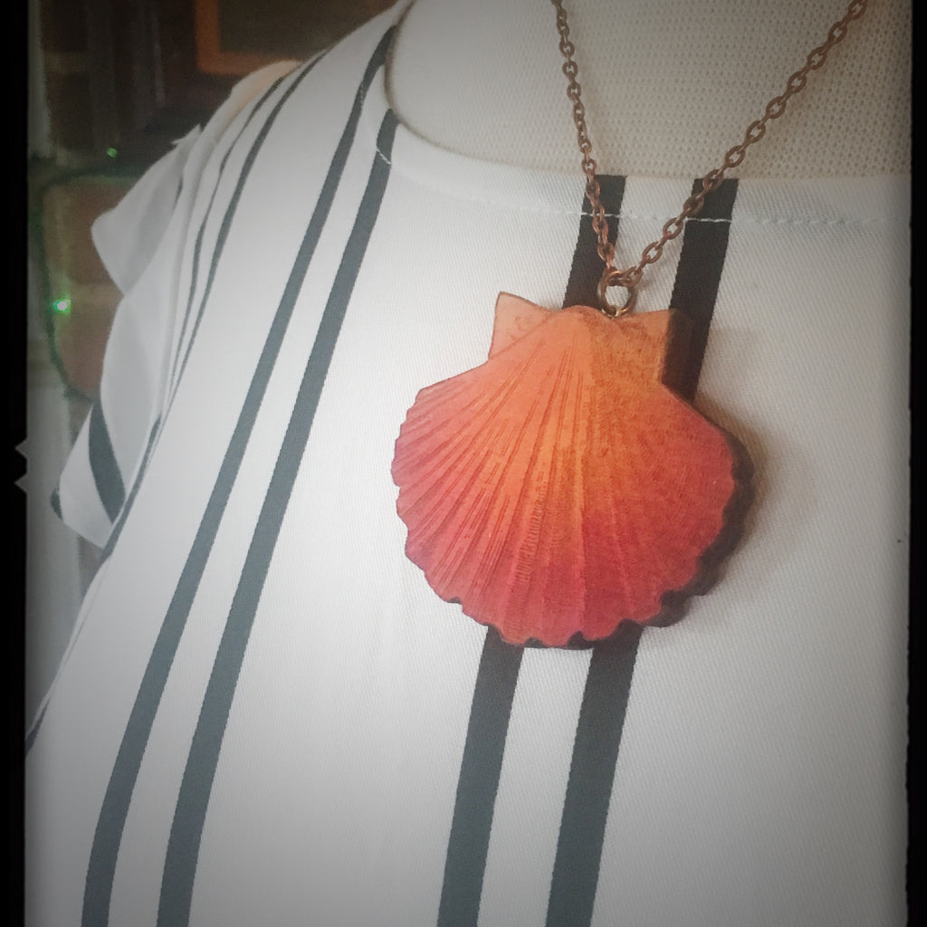 Peach Sea Shell Necklace - Large