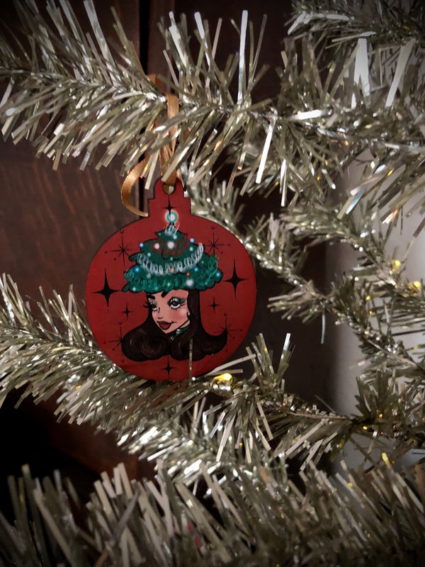 Holiday Friend 4 - Wooden Ornament/Lapel SINGLE Pin