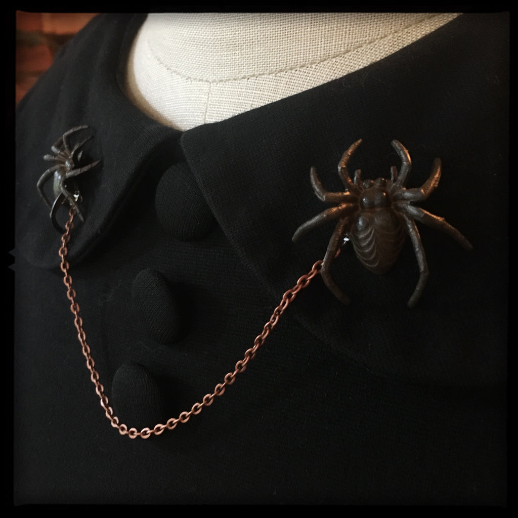 Spider -Collar Pin set