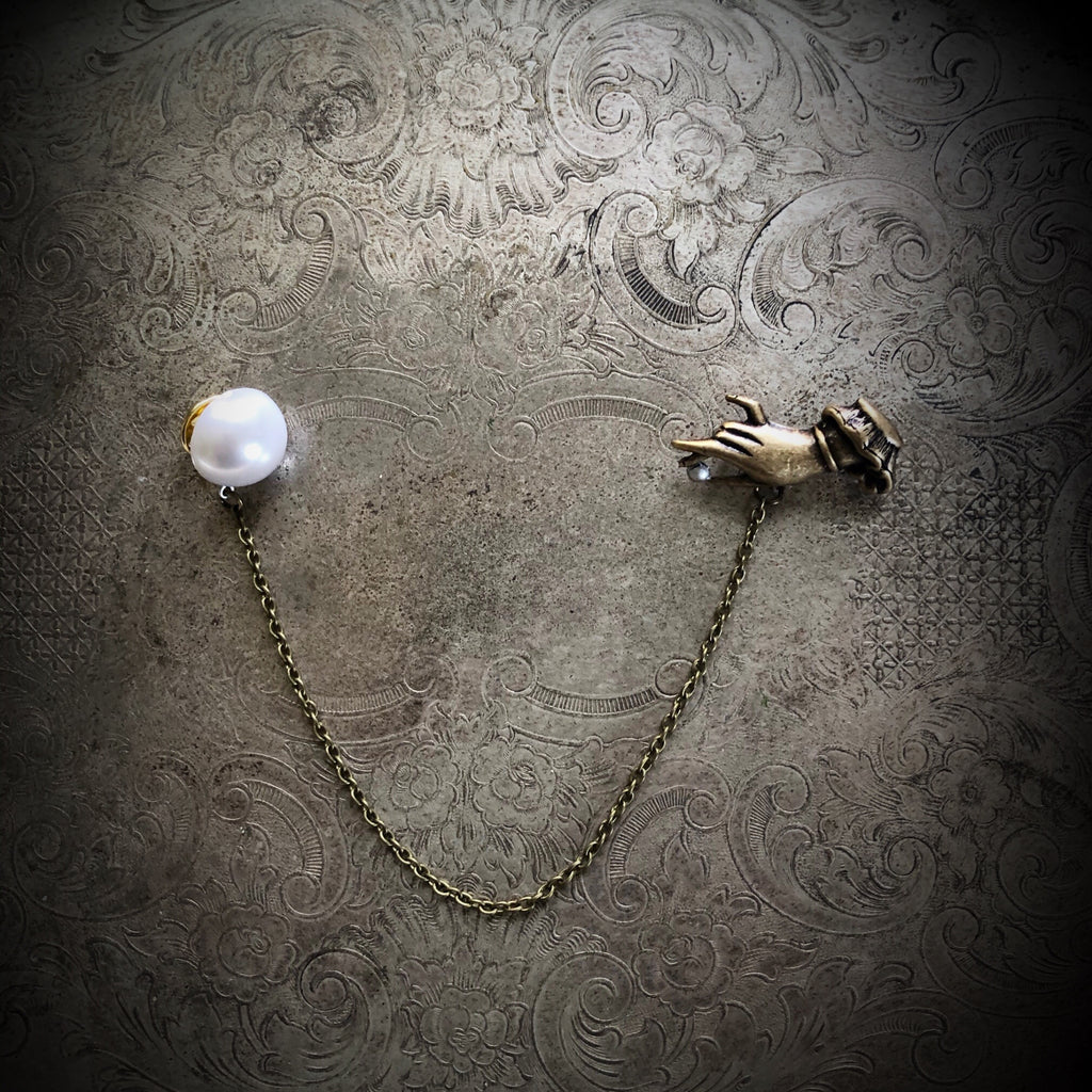 The Hand with the Pearl - Collar Pin Set