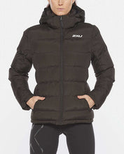 Load image into Gallery viewer, 2xu utility insulation jacket black, 2xu jacket, 2xu padded jacket, 2xu padded coat, 2xu coat, 2xu uk, pose fit