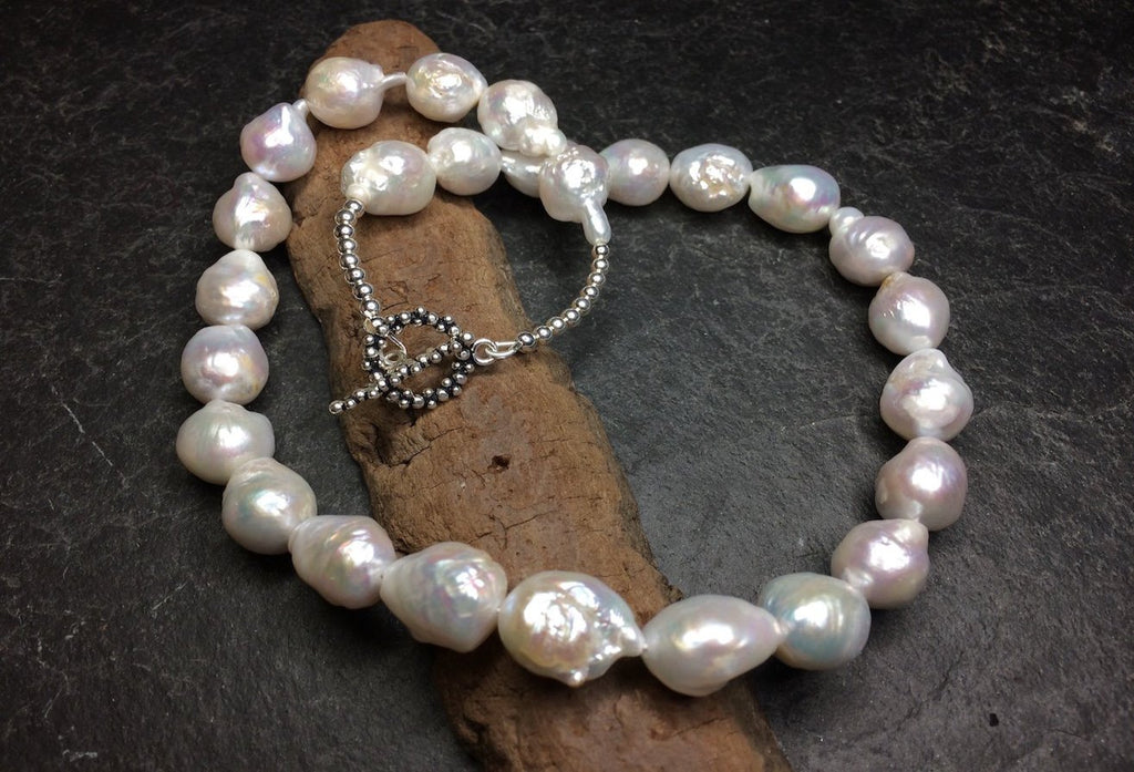 Freshwater Nucleated pearl necklace