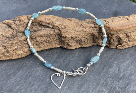 Apatite bracelet oval shaped