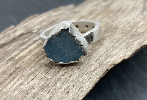 Aquamarine gemstone silver ring