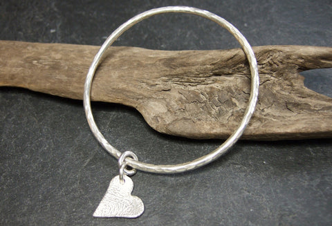 Hammered heart bangle