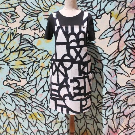 B & W Graphic Flower Overall Dress