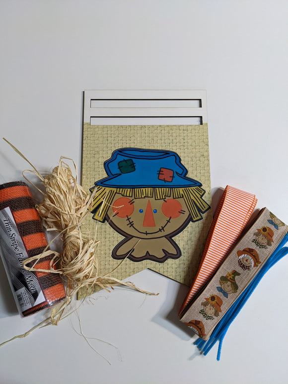 Scarecrow Bunting Rail Kit with Raffia