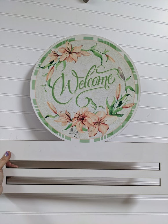 Welcome Lily Printed Wreath Rail